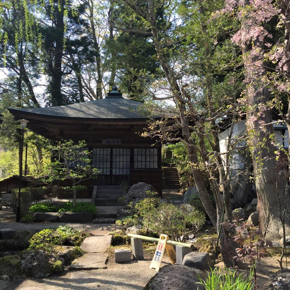 Exploring temples in Shiobara