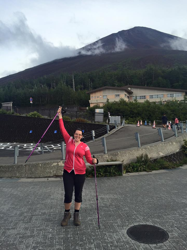 Looking triumphant before Fuji